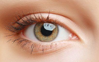 La blefaroplastica per contrastare la ptosi palpebrale
