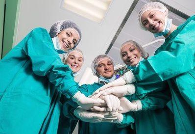 Il lavoro di squadra e la sinergia in sala operatoria