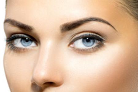 A me gli occhi: la blefaroplastica per uno sguardo che incanta